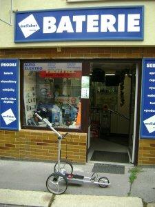 Melichar baterie kamenná prodejna Praha Strašnice z venku