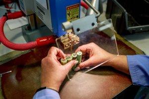 Repase a výroba aku baterií